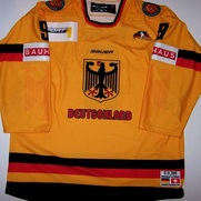 Gameworn Team Germany Hockey Jerome Flaake Front